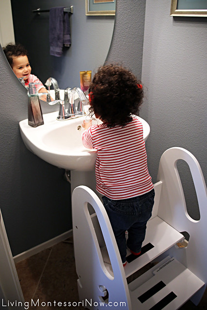 Using the Little Partners Footstool to Wash Hands at 17 Months