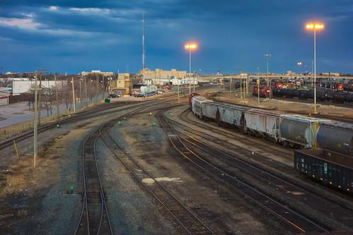 canada building architecture winnipeg tracks railway trains manitoba canadianpacific