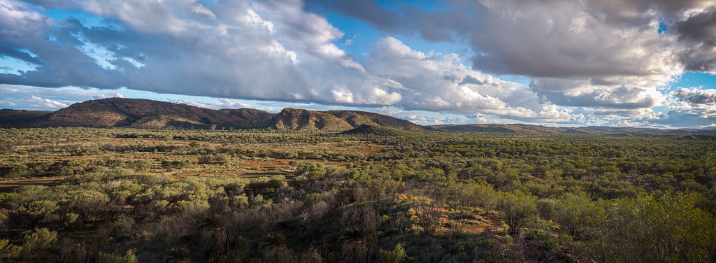 Alice springs Simpsons Gap viewpoint Northern Territory-4