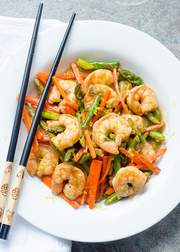 Shrimp and Asparagus Stir Fry in Lemon Sauce