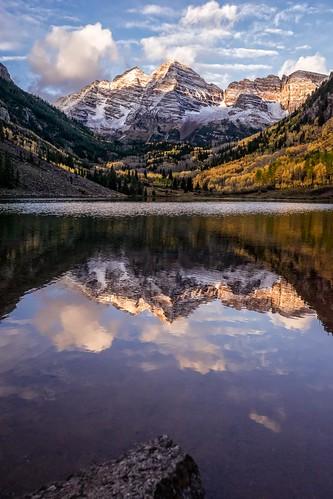 autumn mountain reflection tree sunrise landscape rockies colorado unitedstates foliage aspens aspen maroonpeak goldenhours rockymounatins