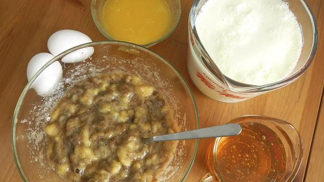Banana Oat Bran Muffins 5