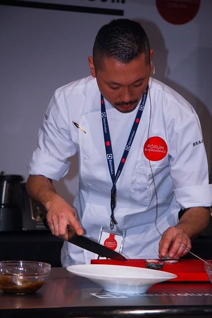 Shinya Fukumoto | Preparación e cortes das peneiras | Fórum Gastronómico Coruña 2015