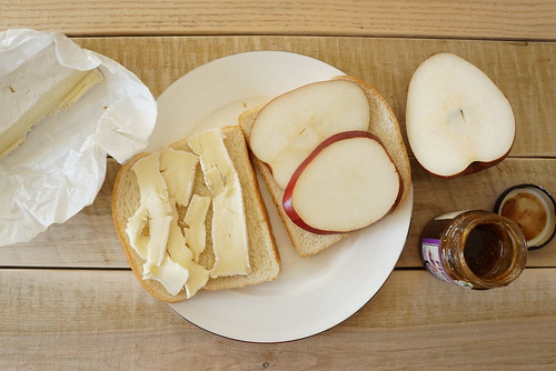 pear and brie sandwich
