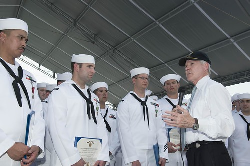 SECNAV Visits Sailors During NEA Vietnam