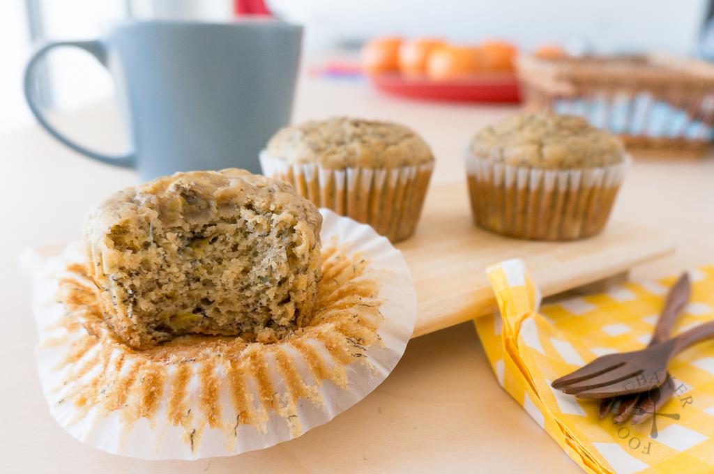 No-Mixer Banana Buttermilk Muffins
