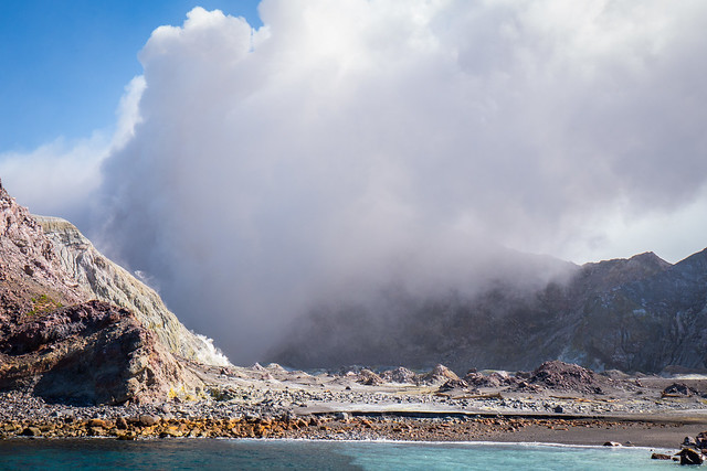 White Island active Volcano- North Island New Zealand Road Trip | New Zealand North Island Itinerary | must see | Attractions | Things to do in NZ | Tours | Points of interest | What to see | Highlights | Places to see | Budget Guide | Fun things | Camper van | Motorhome