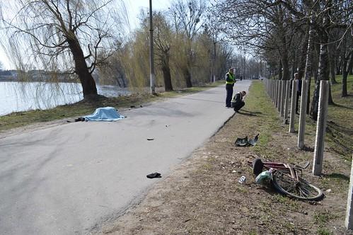 Загинули велосипедист і пасажир мотоцикла