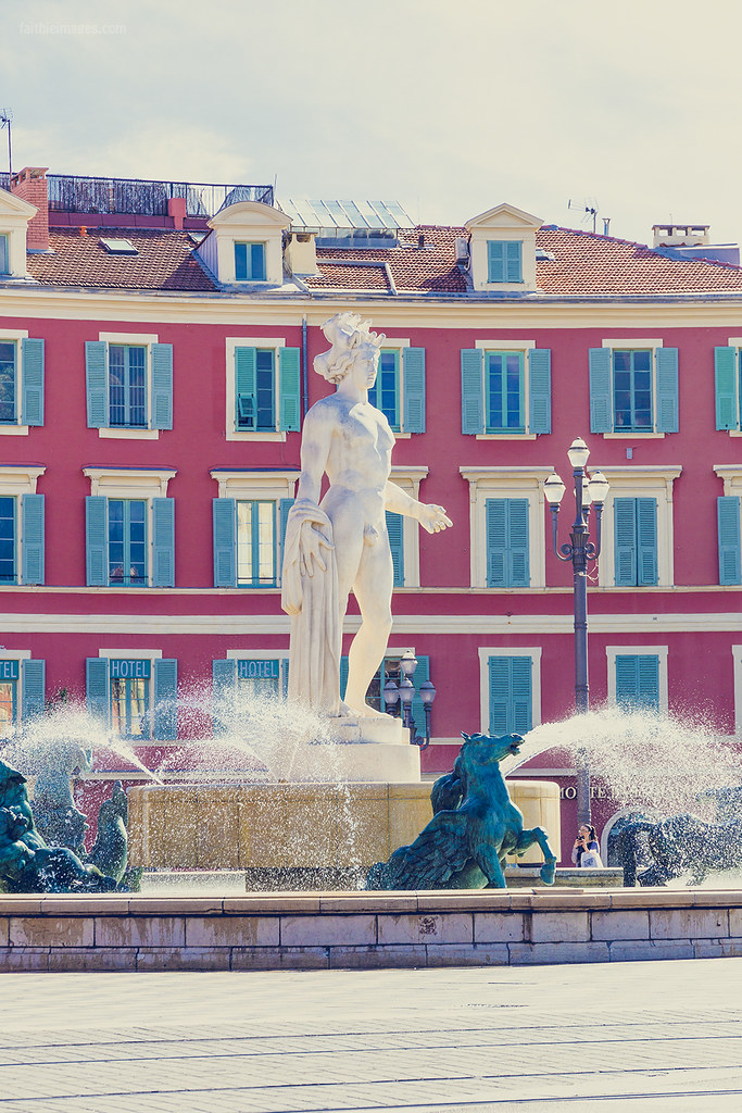 Detail of the Place Massena's fountain