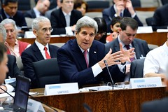 U.S. Secretary of State John Kerry delivers remarks at the Major Economies Forum on Energy and Climate at the U.S. Department of State in Washington, D.C., on April 19, 2015. [State Department photo/ Public Domain]