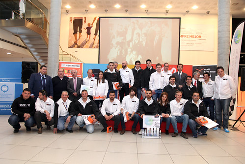 Participantes y patrocinadores Copa Kobe Motor 2015