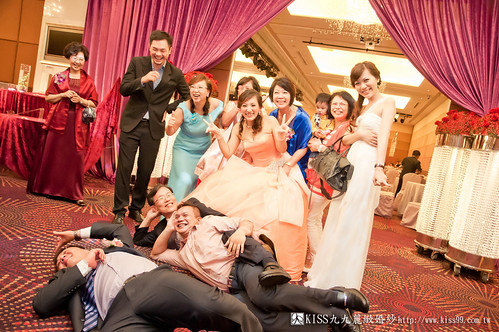 【高雄婚禮攝影推薦】婚禮婚宴全記錄:kiss99婚紗公司,網友都推薦的結婚幸福推手! (29)