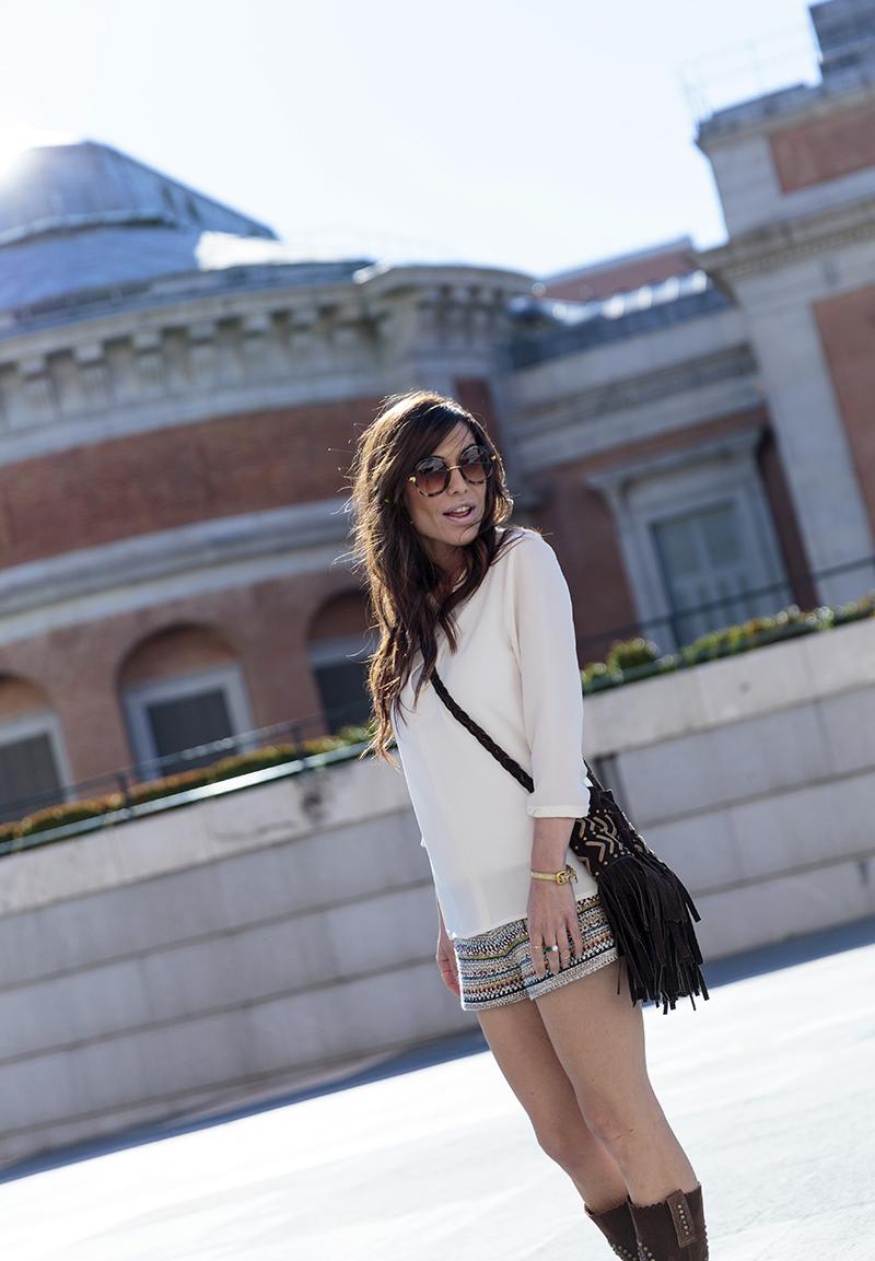 street style barbara crespo hakei colors shorts sendra boots minkpink bag fashion blogger outfit blog de moda