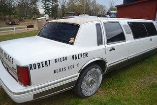 018 Robert Bilbo Walker Limo