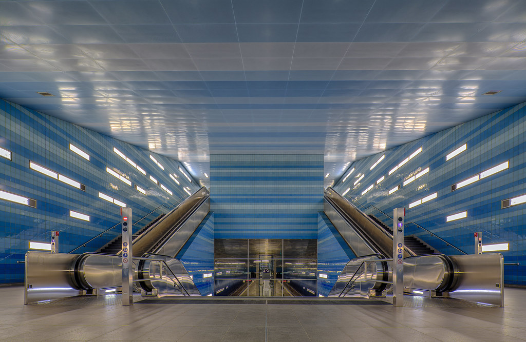 Blue Symmetrie - Explored -