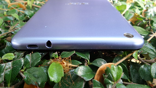 Acer Iconia Talk S ด้านบน