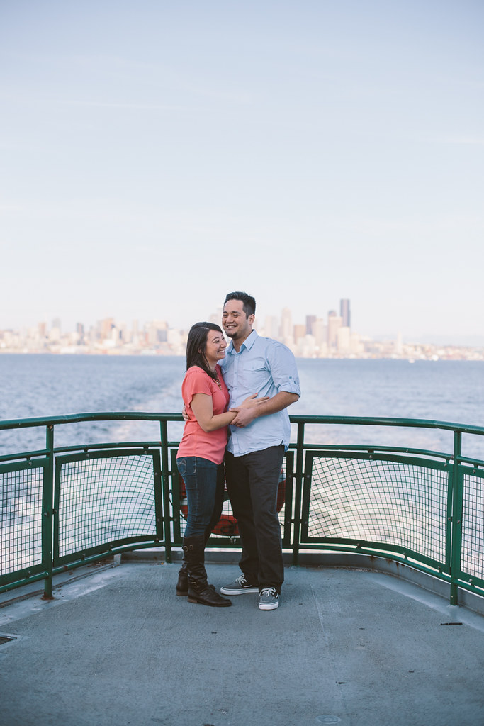 Seattle Ferry Boat Engagement Photos