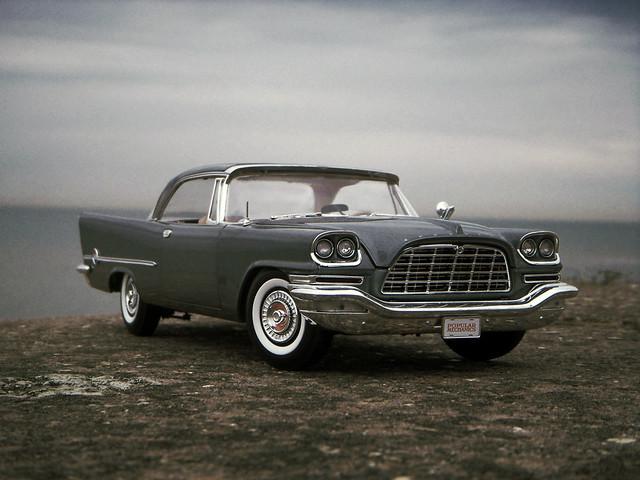1957 Chrysler 300C 1:18 Diecast by Ertl/AutoWorld