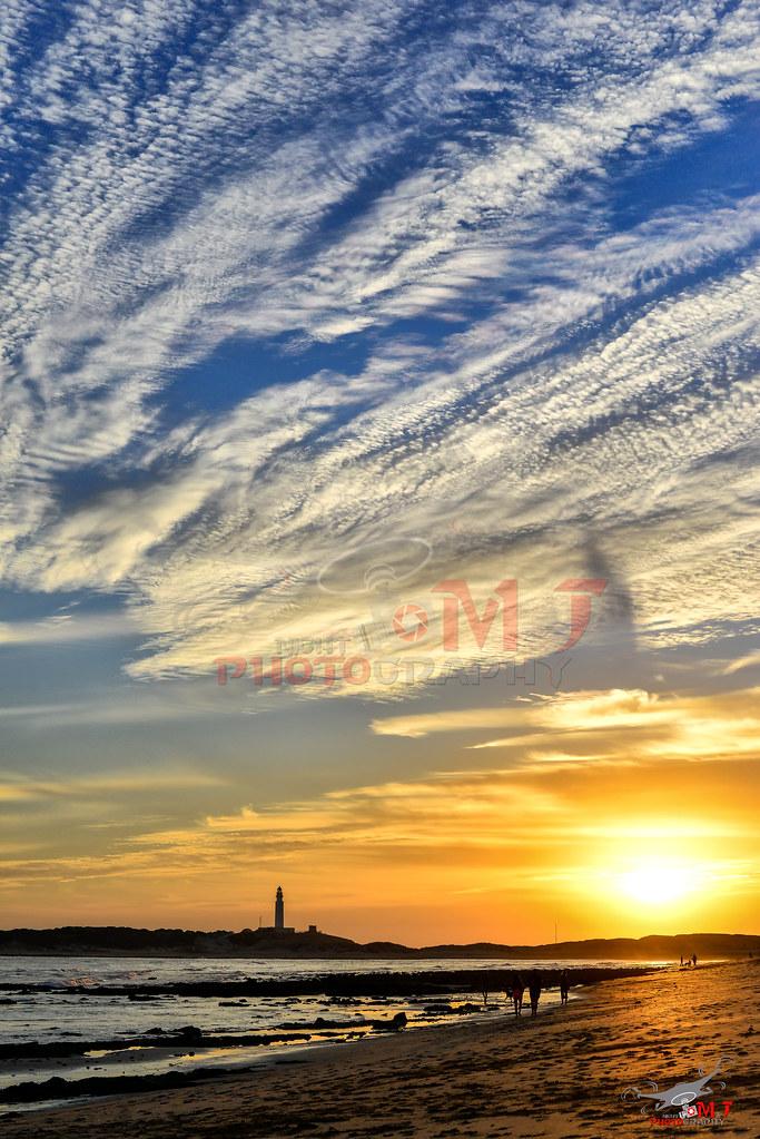 Puesta de Sol desde Trafalgar, Cádiz.-