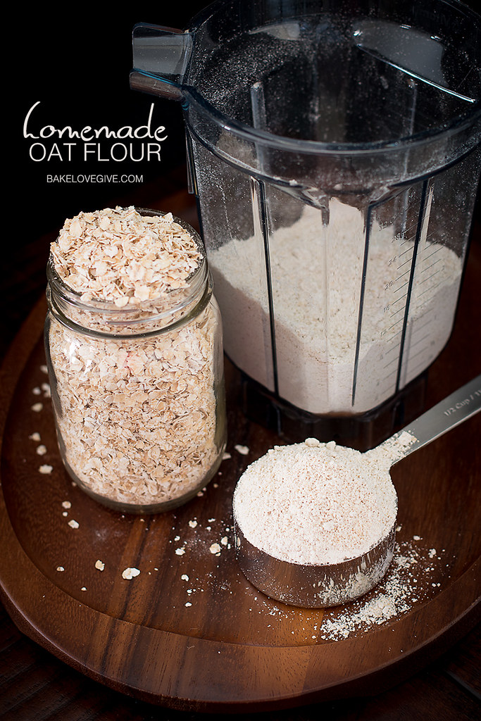 Save money stocking your pantry with our easy tutorial for Homemade Oat Flour