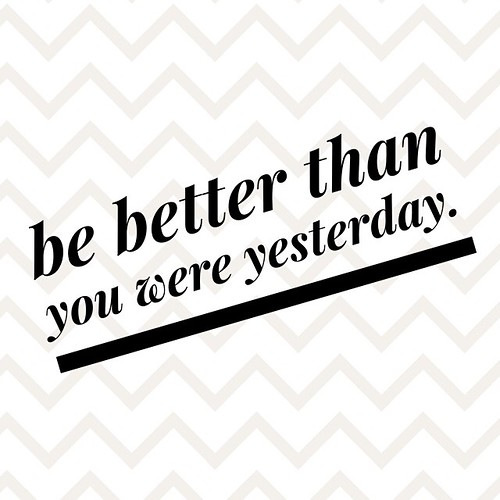 Spreading some #positive vibes in the blog. Challenge yourself everyday to be better than you were yesterday. Even if it's the smallest thing, you're still moving forward in a positive direction. Never give up! #fitfluential #fitfam #blogger #sweatpink