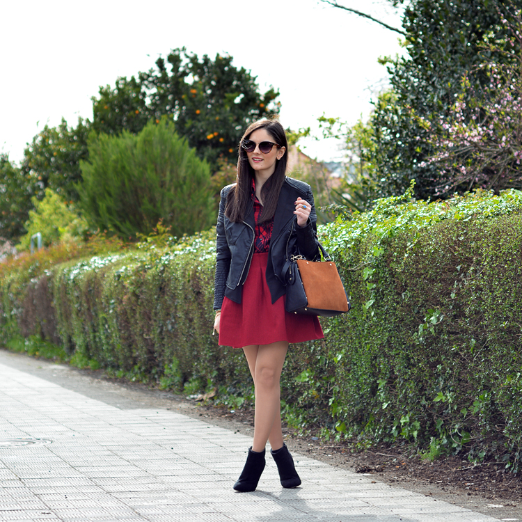 zara_ootd_outfit_falda roja_botines_sheinside_plaid_08