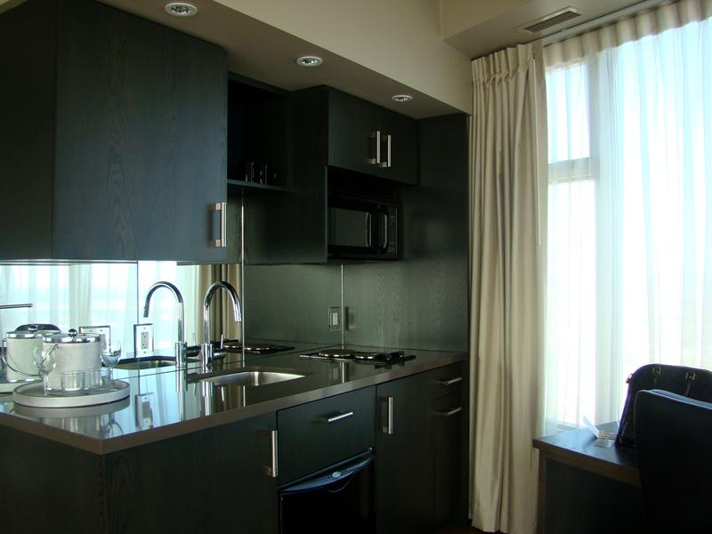 1 King West kitchen