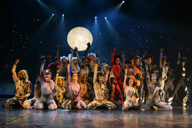 Cats cast, 2007. Courtesy WikiCommons/Effie