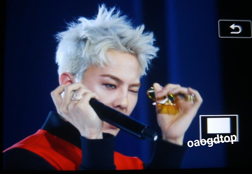 G-Dragon - Kappa 100th Anniversary Event - 26apr2016 - OAO-GDTOP - 08 (Custom)