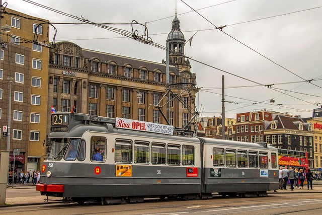 GVB 2G Beijnes tram 586, line 25, Prins Hendrikkade (Centraal Station)