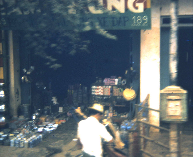 VIETNAM 1970 - Photo by scoutdog70 - Shopping District, downtown Bong Son