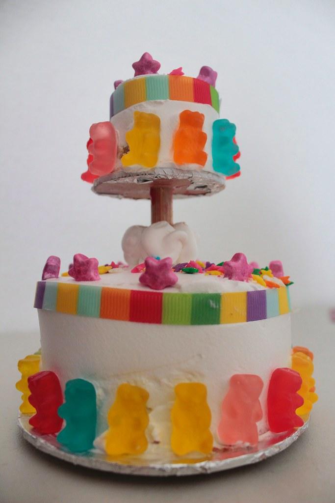 Awe Inspiring Mini Birthday Cake Danielaherreriasc Daniela Herrerias Flickr Personalised Birthday Cards Vishlily Jamesorg