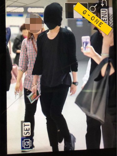 Big Bang - Incheon Airport - 29may2015 - G-Dragon - G-One - 03