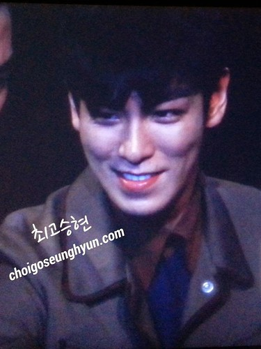 TOP-StageGreetings_Day2-20140907_(111)