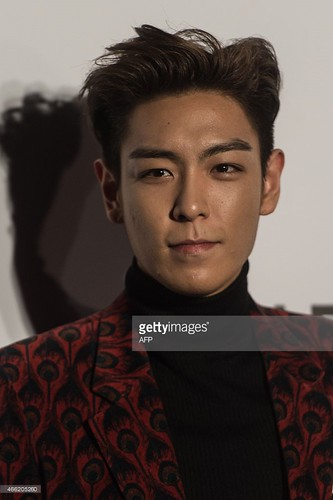TOP - amfAR Charity Event - Red Carpet - 14mar2015 - Getty Images - 13