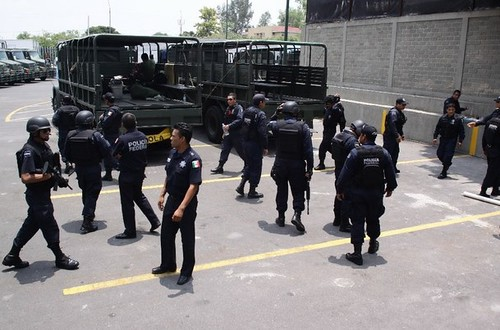Balacera entre policías y presuntos sicarios deja 10 muertos en Jalisco