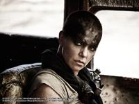 จัดเต็มภาพจากหนัง Mad Max: Fury Road เตรียมกระหน่ำความบ้าคลั่ง 14 พฤษภาคมนี้ในโรงภาพยนตร์