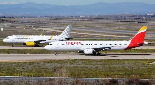 A321 - Airbus A321-212