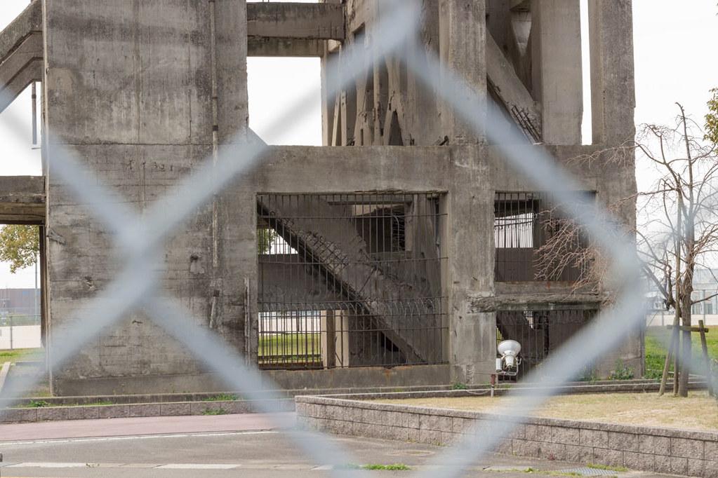 志免鉱業所竪坑櫓の入り口