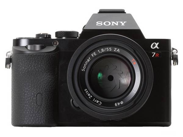 a7r-front1