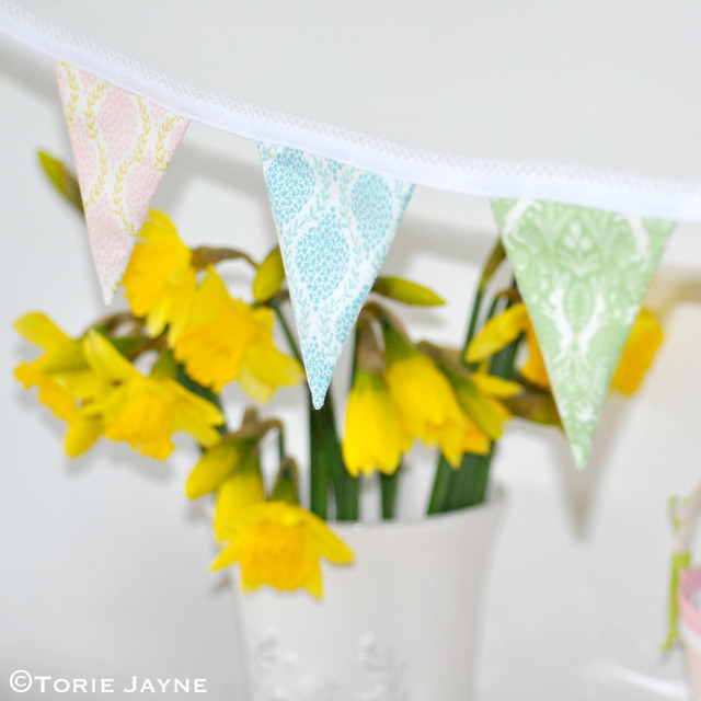 Mini Easter bunting 2