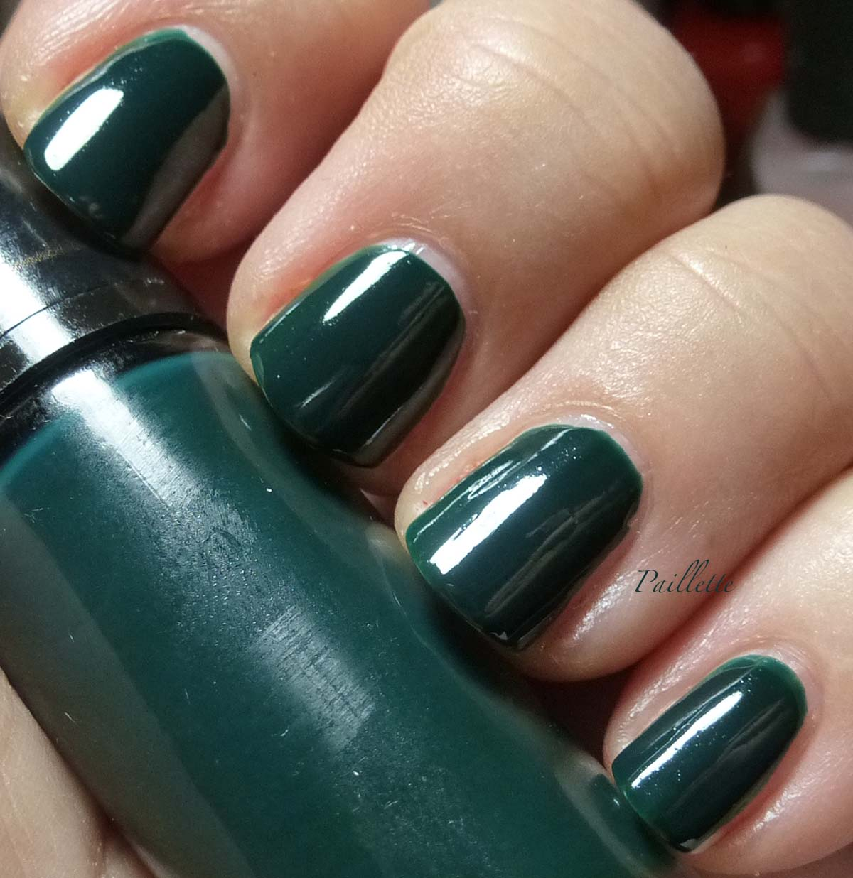 Paillette: a little nail polish journal: Pair of Dark Greens