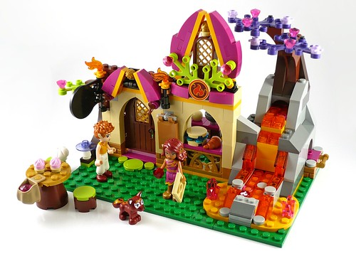 LEGO Elves 41074 Azari and the Magical Bakery 21