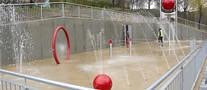 Juegos acu�ticos en el parque Ongarai