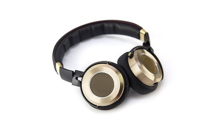[開箱] 台灣搶先 小米頭戴式耳機 體驗 (1) 開箱 @3C 達人廖阿輝
