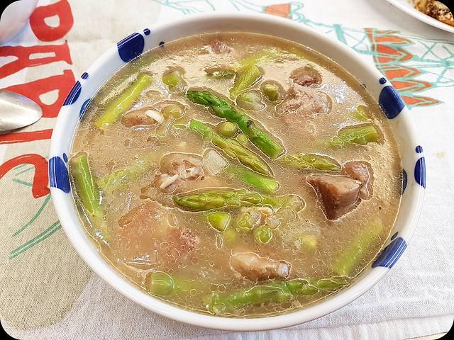 160708 豬肉燉蘆筍與青豆-01