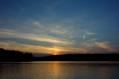 sakarip lake kivijärvi finland july summer water luumäki pahainlahti kontula sunset evening reflection sky clouds lakescape skyscape landscape