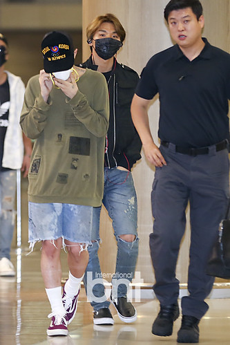 Big Bang - Incheon Airport - 15jun2015 - BNT - 04