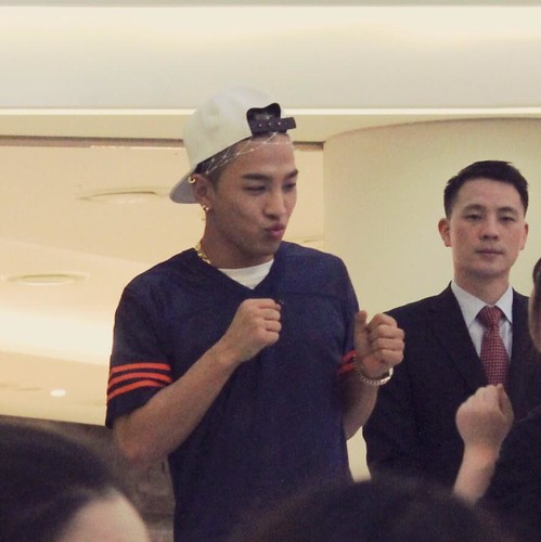 Taeyang_HIGHTOUCH_Seoul-20140629 (2)
