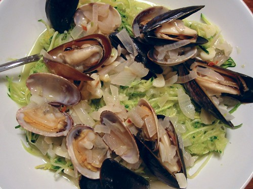 Linguine with Clams and Mussels 011